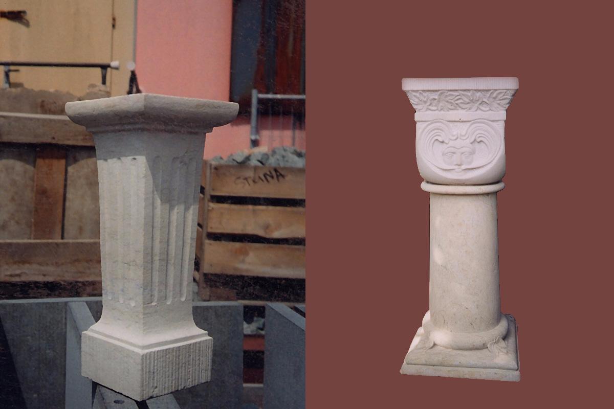 Zwei weiße Säulen