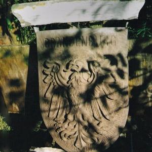 Wappen mit Brandenburg-Adler als Relief